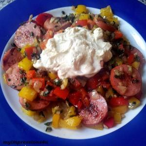 Knacker-Gemüse-Pfanne mit Creme Fraice
