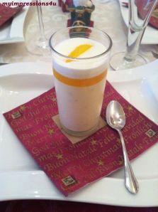 Supreme vom Orangenmousse im Glas