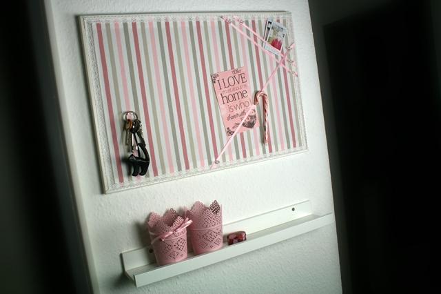 gastblogger diy pinnwand f r schmuck notizen und andere. Black Bedroom Furniture Sets. Home Design Ideas