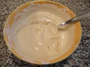 Creme Fraiche-Honigsenf-Mischung