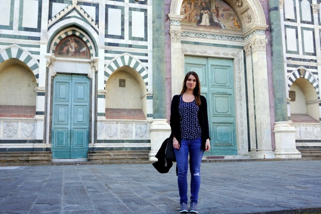 Ich vor der Basilika Santa Maria Novella_myimpressions4u